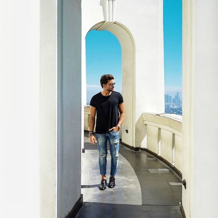 Mariano Di Vaio visits the Griffith Observatory.