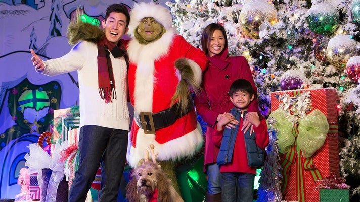 Family photo with The Grinch™ at Grinchmas™