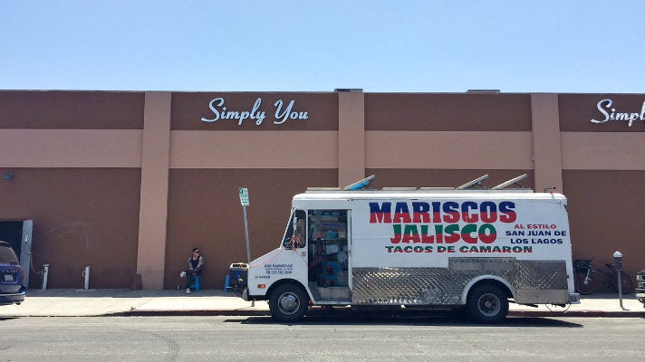 Mariscos Jalisco truck in Downtown L.A.