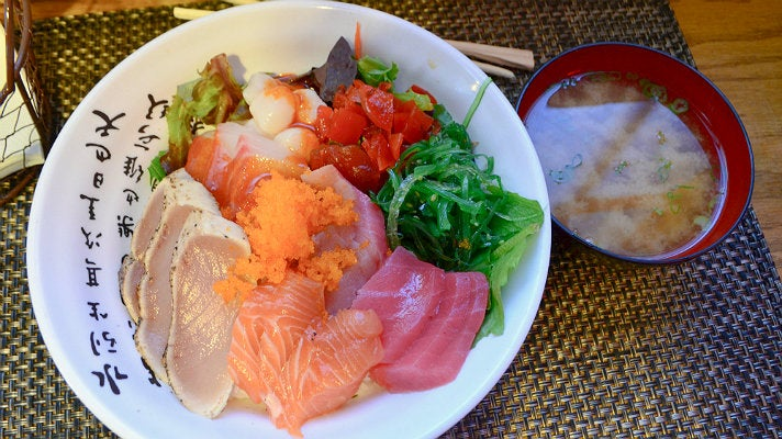 Chirashi bowl at Nabeeya in Downtown L.A.